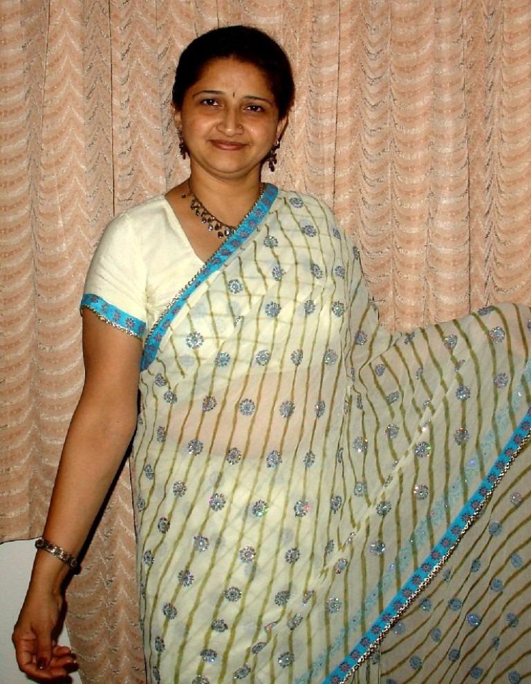 Watch aunty tamil saree sex pics archives